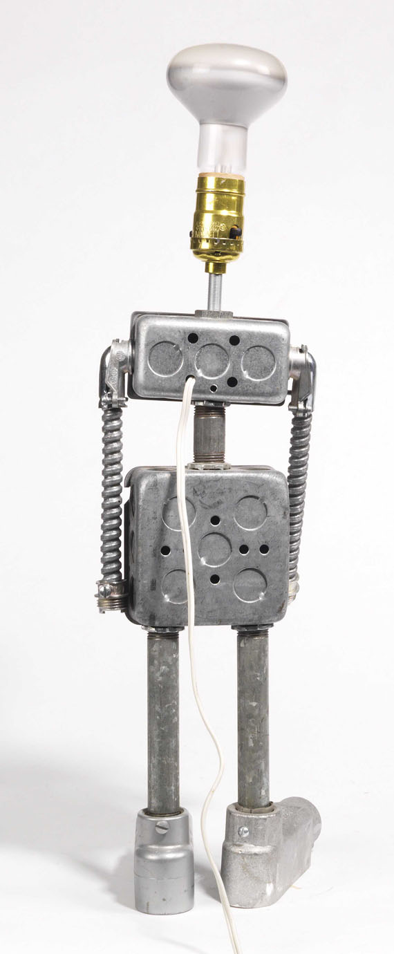 Nam June Paik - Robot - Back side